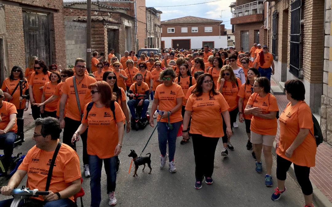 Marcha urbana solidaria por AMDEM en La Torre de Esteban Hambrán