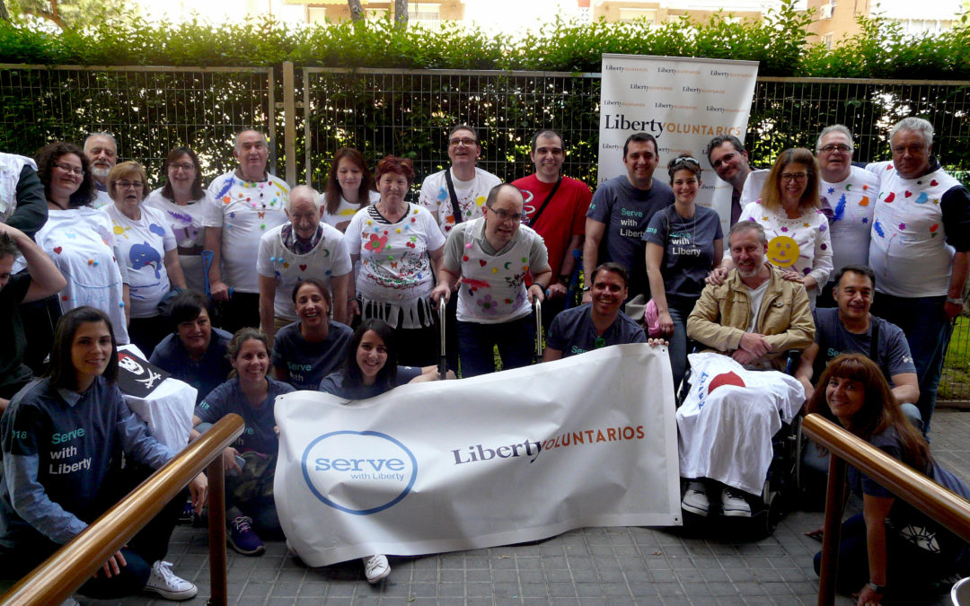 Voluntarios Liberty Seguros en AMDEM