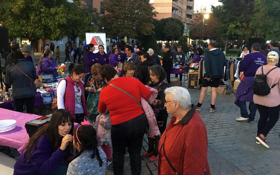Mercadillo Solidario por AMDEM – Peña Los Independientes